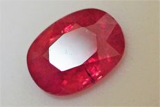 Red ruby - 3.25 ct