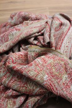 A very large antique kashmir shawl - wool - probably France - late 19th / early 20th century