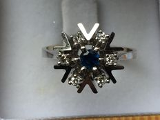 White gold ring with diamond and blue sapphire, with certificate (0.35 ct).