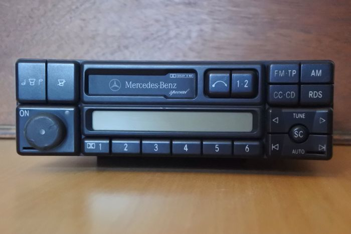 Onwijs Becker Mercedes-Benz Special BE2210 - youngtimer car stereo VS-65