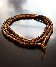 Mala made of bone, 125 cm – Nepal – Second half of the 20th century