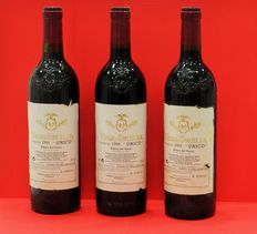 "1991 Vega Sicilia ""Unico"" - 3 numbered bottles - in wooden box"