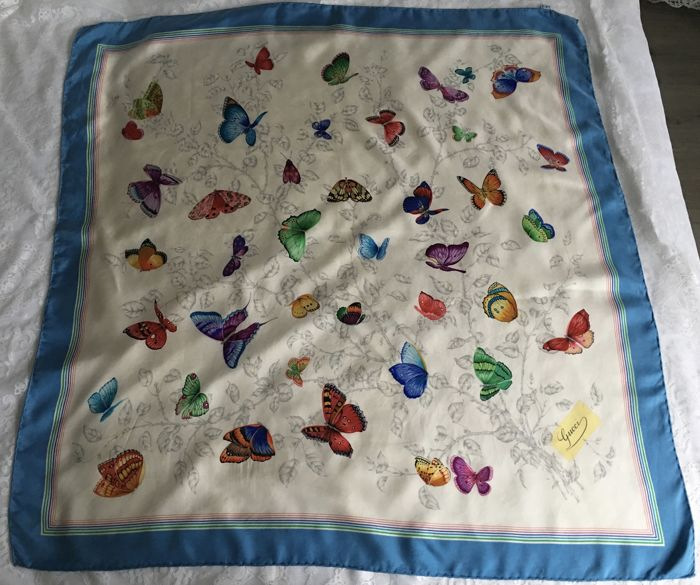 Gucci - Butterfly scarf (rare item)