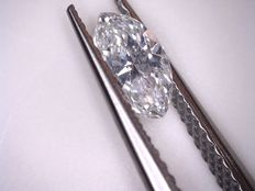 Marquise cut diamond of 0.44 ct, F/VS2, HRD certificate (no shipping charges)