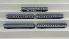 "Fleischmann N - 5-piece set with passenger carriages with control car type ""Zilverlingen"" of DB"