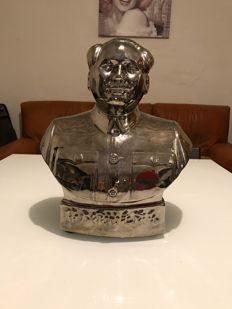 Silver plated statue, bust of Mao Tse Tong, 20th c.
