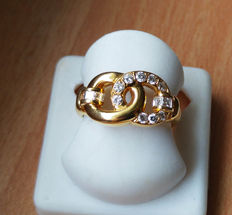 Cocktail ring in 18 kt gold with diamonds, never worn!!