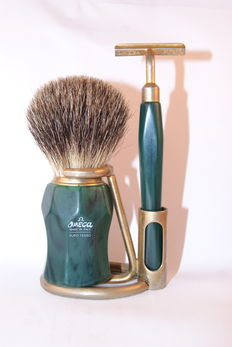 Omega- vintage shaving set with brush, razor handle and brass stand