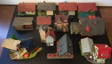 Faller/Pola H0 -  Different houses, Town Hall, Villa's, Cafe etc.