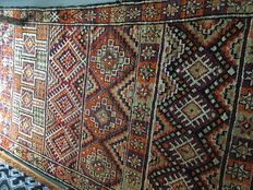 Old Moroccan Berber carpet measuring 400 cm by 200 cm