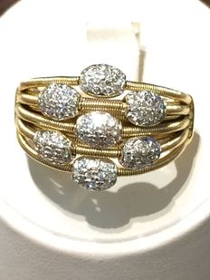 Women's ring in 18 kt yellow gold with diamonds