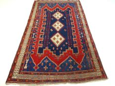 Old Hamadan – 235 x 141 cm –  vintage, Persian carpet in beautiful, used condition.  Please note: no reserve, bidding starts at €1.