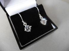 18k Gold Drop Style Diamond Earrings- 0.52ct