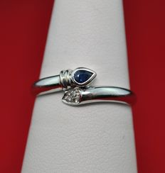 Pear-shaped Sapphire & Diamond and 18K /750 White Gold Ring