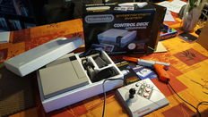 System Nintendo NES Control Deck boxed  incl 15 Games