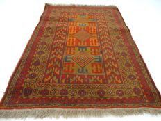 "Beluch – 124 x 87 cm – ""Persian carpet in beautiful condition"". – Please note! No reserve, bidding starts at €1."