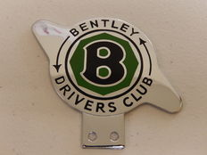 Vintage Chrome and Enamel Car Badge Bentley Drivers Club in Clean Condition
