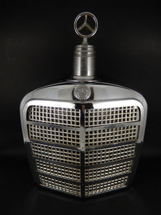 Original Mercedes Benz Radiator Grille Decanter with Mercedes Badge Stopper Section