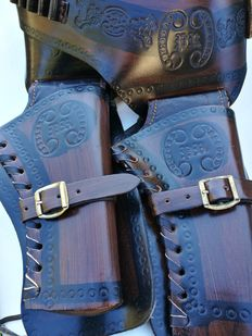 Real leather belt with double holster, West belt with original compartment USA-20th c.