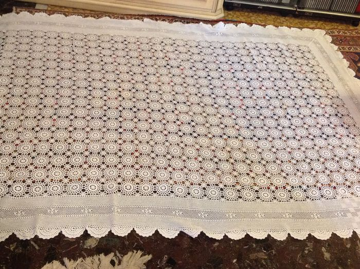 Crochet tablecloth or table cover-Italy 1960 c.a.