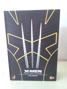 Action Doll Wolverine HotToys MM182