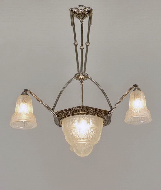 Verreries Des Hanots - Art Deco Chandelier - Nickeled bronze and pressed glass