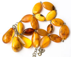 Antique Baltic Amber necklace old honey butterscotch egg yolk colour, 41 gram