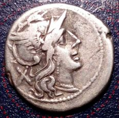 Roman Republic - Denarius, (3.9 G). Mint: South Italy. 200/190 B.C.