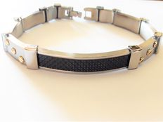 New condition steel bracelet by Essenza Design