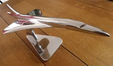 Concorde. beautiful solid model in polished metal, length 45 cm