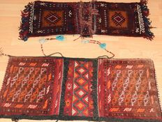 2 x Persian saddle bags (Nomads) Kashqai - 20th century - 1950. New condition. NO RESERVE PRICE, START AT €1.