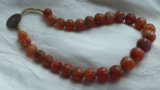Ethnic carnelian precious stone necklace