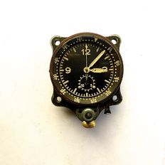 """Junghans cockpit chronograph  - also called a """"Blindfluguhr""""  -  German WW II. A somewhat later execution (1943/'44), (Bo-Uk-II=FL.23885.)"""