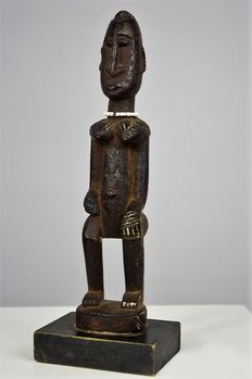 Female Figure - DOGON - Mali - Ex Gerhard Vogt