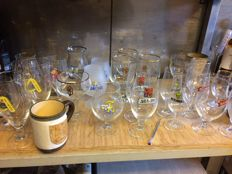 Many specialty beer glasses - over 750 pieces
