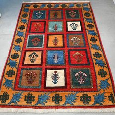 Special tile pattern Gaisjgai Persian  rug - 166 x 111 - good as new and super quality
