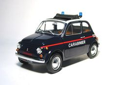 Minichamps - Scale 1/18 - Fiat 500 L 1968 Carabinieri - the national police of Italy