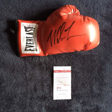 Everlast glove signed by Mike Tyson.