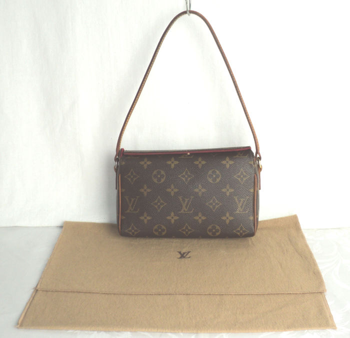7dbc013ed34d Louis Vuitton Monogram Recital - Hand Bag - Catawiki
