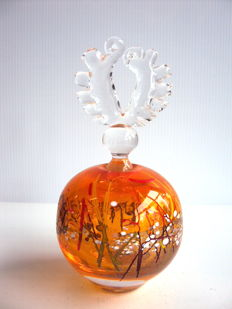 D. Marcade - One of a kind flask - elaborate stopper (signed)