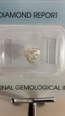 Shield Step Cut 1.00 ct light pink brown SI 1