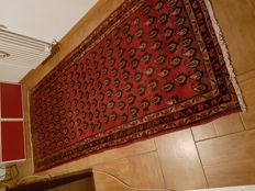 Hand-knotted Oriental carpet – 280 x 130 cm