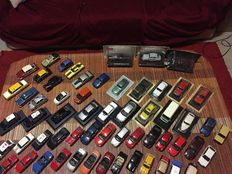 Various - scale 1/43-1/24 - lot with 96 models: Ferrari, Porsche, Mercedes-Benz, BMW, Audi, VW, Jaguar, Lancia, Aston Martin & others