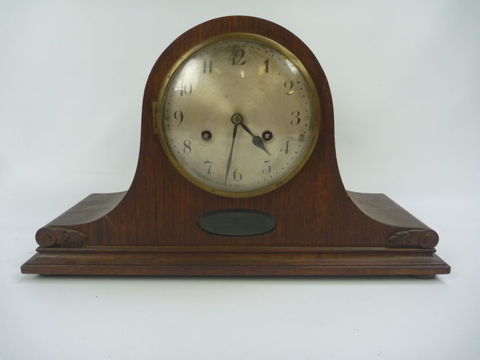 Dutch mantel clock in oak case – circa 1930