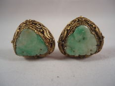 Earrings from China in gold-coloured silver and jade