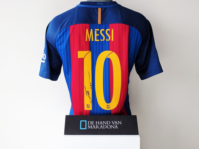 bc92d08da36 Lionel Messi personally signed FC Barcelona 2016 17 shirt + official ...