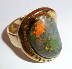 Solid ring with large, natural, black opal / black opal from Andamooka Australia, unique piece