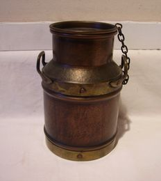 Jean Paul Thevenot /milk pot in copper and brass / signed.