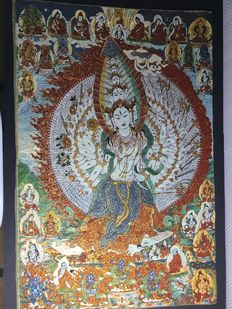 Representation of Avalokitesvara with a thousand arms, on fabric and silk - Nepal - early 21st