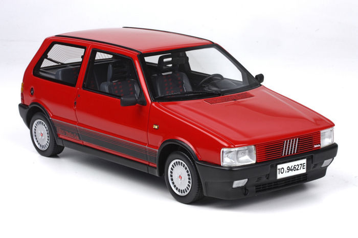 Ef C Fdc E D F F on Red Fiat Uno Turbo